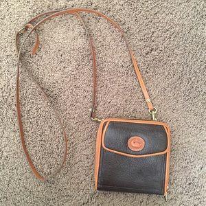 Dooney & Bourke Vintage Cross Body Small Bag.